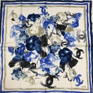 💯 Authentic CHANEL WOMENS SCARF